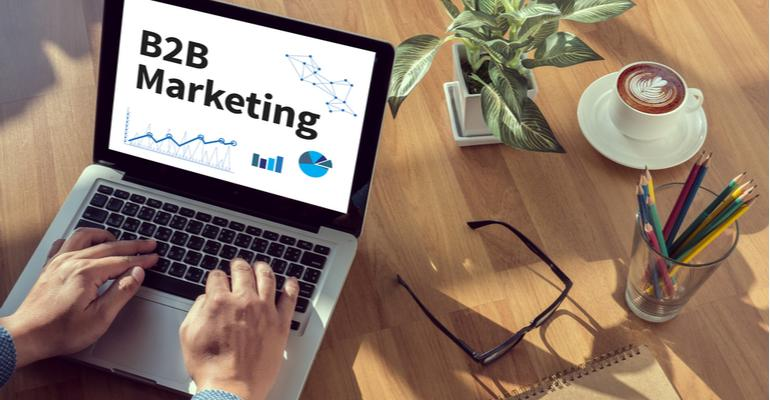 marketing b2b na indústria do plástico.jpg