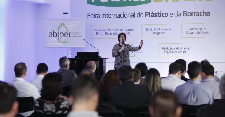 pettalk-plastico-brasil