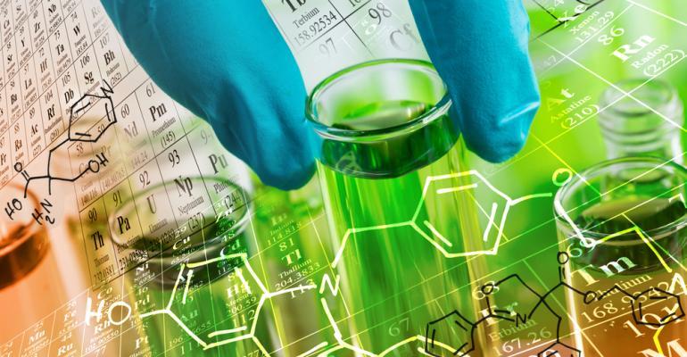 seguranca-artigo-produtos-quimicos-mundo-plastico