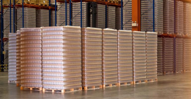 Movimentação interna de materiais na indústria do plástico: como fazer?