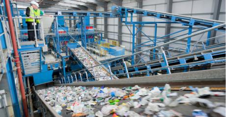 máquinas para reciclagem de plástico.png